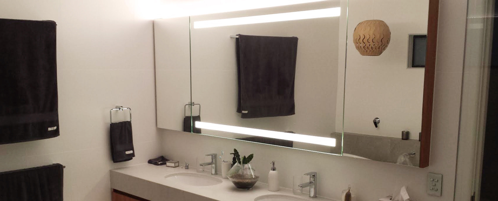 Ton-Robyn-brisbane-vanity-mirror-lights-led-clearlight-designs